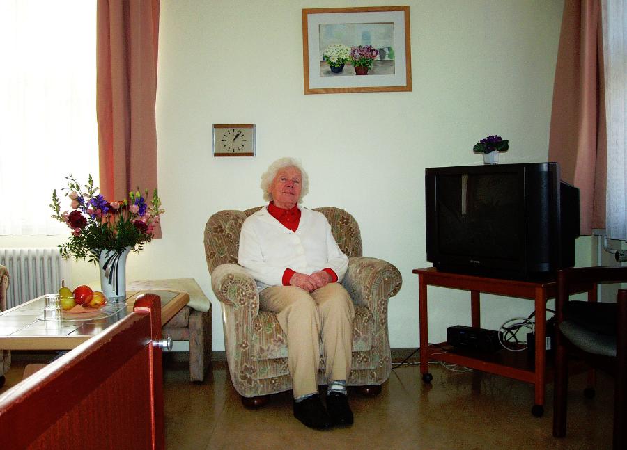Mini Kühlschrank Für Altenheim : So können senioren dem altenheim entkommen welt